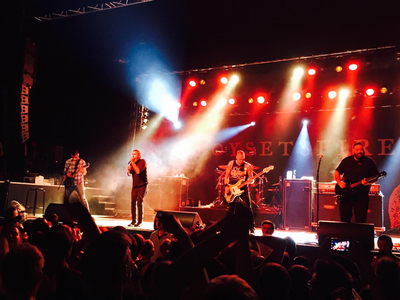 Boysetsfire_live2015